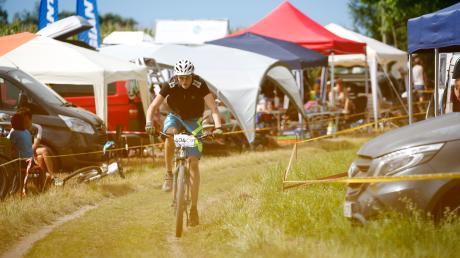 Zum fünften Mal fand das Schatzbergrennen des MC Dießen statt. Bei dem Zwölf-Stunden-Rennen waren 404 Teilnehmer am Start.