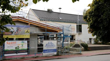 Der Neubau der Apotheke im Rathauskomplex in Prittriching.