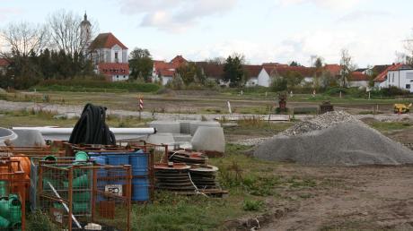 Die Bauplätze im Baugebiet Austraße Nord II in Egling sind so gut wie vergeben. Für Bürgermeister Ferdinand Holzer eine gute Nachricht. Sorgen macht er sich wegen der geplanten Erhöhung der Kreisumlage, die die Gemeinde in ihrem Handlungsspielraum einschränke.