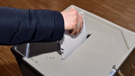 Ergebnisse der Kommunalwahl 2020 in Bayern: Hofstetten wählt am 15. März 2020 Bürgermeister und Gemeinderat. Die Wahlergebnisse finden Sie aktuell hier.