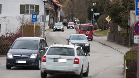 Rush hour auf der Hauptstraße in Eresing: Eine Messung vom 12. Oktober erbrachte eine 24-Stunden-Belastung von 7600 Kraftfahrzeugen.