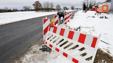 Die Straße zwischen Kinsau und B17 wird ausgebaut. Nach der Winterpause gehen die Arbeiten weiter.