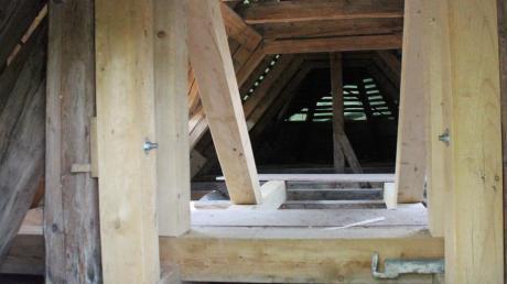 Blick in den Dachstuhl der Kreuzkapelle.