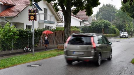 In Greifenberg wird darüber diskutiert, ob die Gemeinde den Verkehr überwachen lassen soll.
