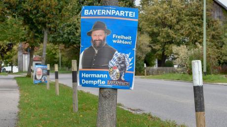 In seiner Heimatgemeinde finden sich einige Wahlplakate mit dem Konterfei von Herrmann Dempfle. Doch er darf nicht überall plakatieren.