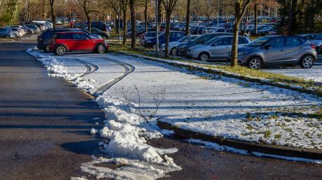 Bahnhof Geltendorf: jede Menge freie Parkplätze.