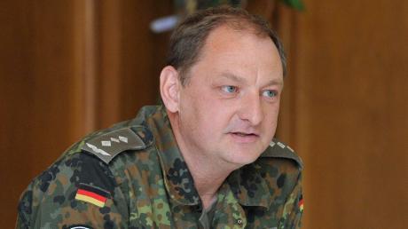 Derehemalige KasernenkommandantPeter Hammer will in Penzing Bürgermeister werden.