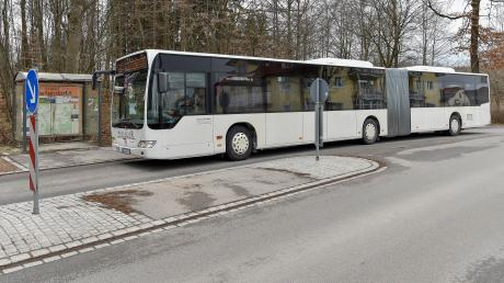Gegen Ende des Jahres werden am Geltendorfer Bahnhof MVV-Busse halten, die ihre Fahrgäste bis zum S-Bahnhof Mammendorf bringen. Der Landkreis Fürstenfeldbruck will die Linie zwei Jahre lang testen.