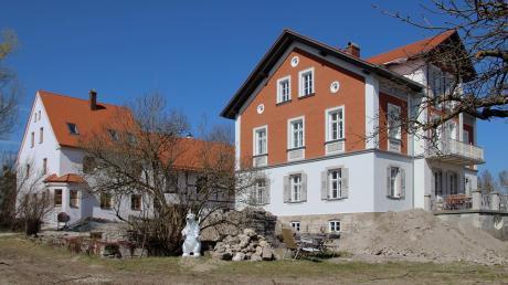 """Der Dießener Heimatverein vergibt seit Langem die Auszeichnung """"Haus des Jahres"""". Ein Preisträger befindet sich am Kirchsteig, der andere..."""