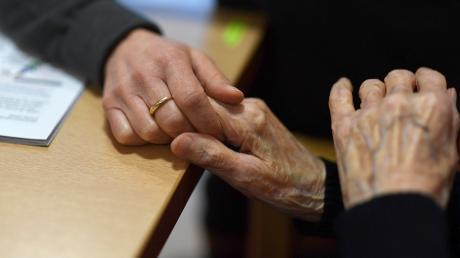 Die Prognosen für den Bereich Pflege im Landkreis Landsberg bis zum Jahr 2030 liegen vor.