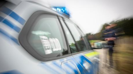 Nach dem Raubüberfall in Utting hat die Polizei eine Großfahndung eingeleitet.