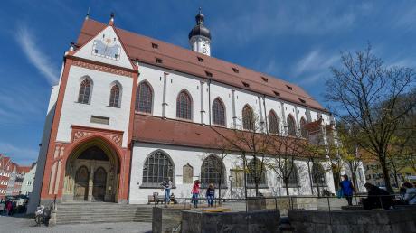 Wie sieht es mit dem Brandschutz unserer Kirchen aus?InderStadtpfarrkirche in Landsberg gibt esRauchmelder, aber keine Brandmeldeanlage.