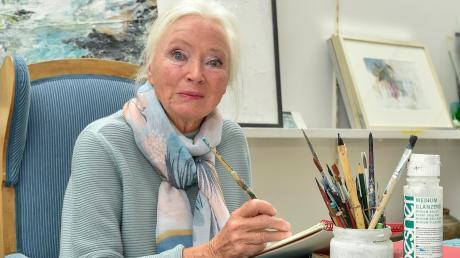 Die Malerin Mica Knorr-Borocco lebt in Utting und wird heute Abend mit dem Kulturpreis des Landkreises Landsberg ausgezeichnet. Die Malerei hat sie ihr ganzes Leben lang begleitet.