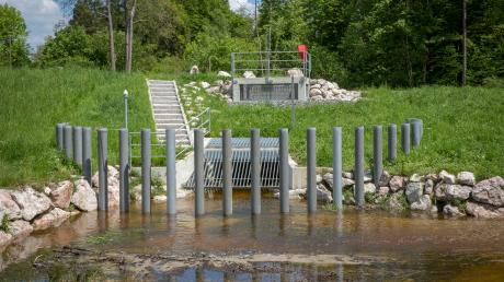 Nach dem Pfingsthochwasser 1999 wurden im Landkreis Landsberg mehrere Millionen Euro in den Hochwasserschutz investiert, zum Beispiel in Utting.