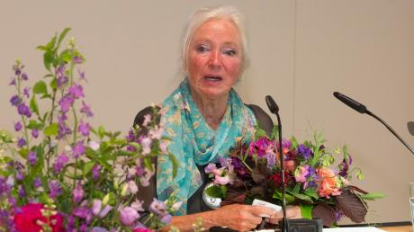 Die Uttinger Malerin Mica Knorr-Borocco ist am Samstagabend mit dem Kulturpreis des Landkreises ausgezeichnet worden.