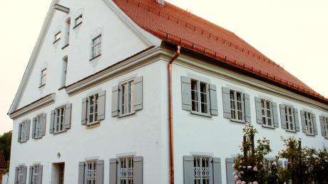 Für die Sanierung des Pfarrhofs erhält Kinsau die Denkmalschutzmedaille des Freistaates.