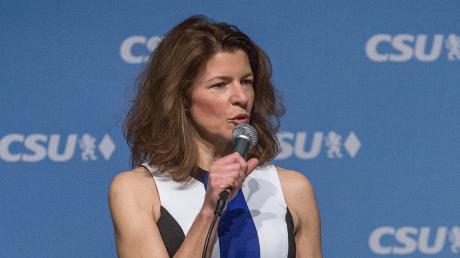 Gabriele Uitz möchte in Kaufering gerne Bürgermeisterin werden. Die CSU-Frau und frühere Vorsitzende des CSU-Ortsverbands Kaufering hofft auf die Unterstützung einer anderen Partei.