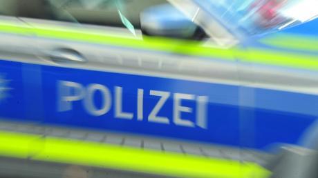 Eine Schulbusfahrerin aus dem Landkreis Landsberg hat bei Wielenbach einen Unfall verhindert.