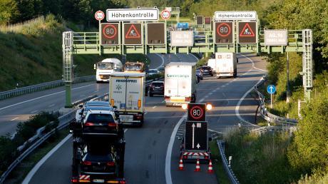 Auf der A96 stehen zwischen Greifenberg und Wörthsee Sanierungsarbeiten an. Sie gehen bis Mitte August beziehungsweise Ende Oktober.
