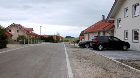 """Die Gemeinde Reichling ist besorgt: Wie sicher ist die Gasleitung im Baugebiet """"An der Rees""""."""