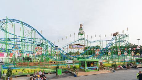Während einer Achterbahnfahrt hätte Fuchstals Bürgermeister viele Freikarten für einen Freizeitpark gewinnen können.