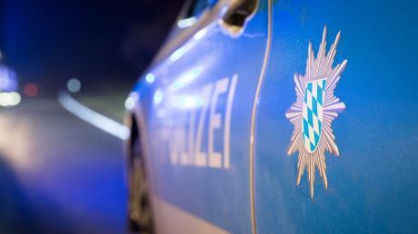 Die Polizei Dießen sucht nach einem unbekannten Rollerfahrer.