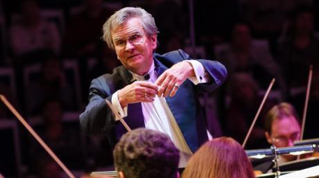 Dirigent Vladimir Fedoseyev wird bei der Ammerseerenade bei einem Klassik-Konzert in St. Ottilien auftreten.