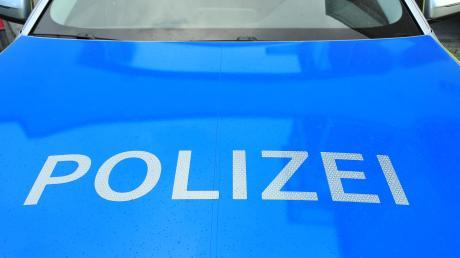 Die Landsberger Polizei meldet einen schweren Unfall, bei dem ein Radler lebensbedrohlich verletzt worden ist.