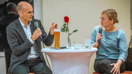 Bürgermeisterkandidat trifft Fraktionssprecherin im Landtag: Dr. Patrick Heißler im Gespräch mit Katharina Schulze.