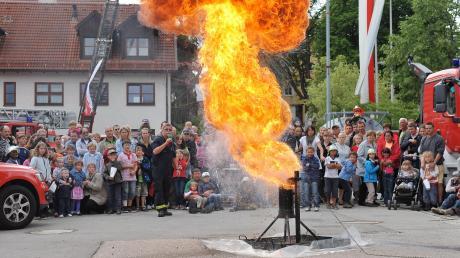 Auch in Windach wird es beim Tag der offenen Tür einige Live-Vorführungen der Feuerwehren geben.