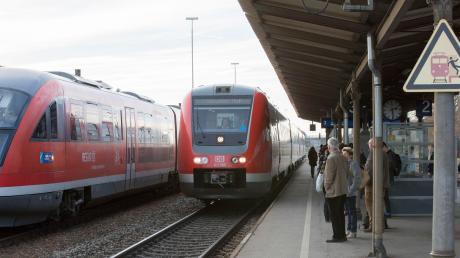 Im Nahverkehr kommt es bei S-Bahn und Regiobahn demnächst im Landkreis Landsberg und der Region zu Behinderungen. Der Grund sind Bauarbeiten.