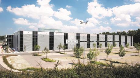 Auf diesem Parkplatz am Standort in Kaufering soll das neue Innovationszentrum der Firma Hilti errichtet werden.