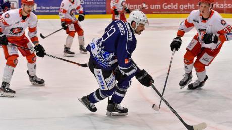 Landsbergs Adriano Carciola (blaues Trikot) erzielte in der Verlängerung des Heimspiels gegen Klostersee das entscheidende Tor zum von den Fans viel umjubelten Sieg für die Riverkings.