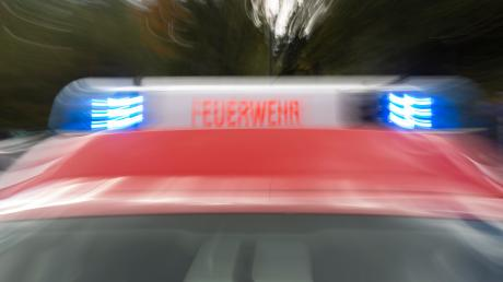 Wegen Rauchentwicklung in einer Altpapiersortierung wurden mehrere Feuerwehren nach Kinsau gerufen.
