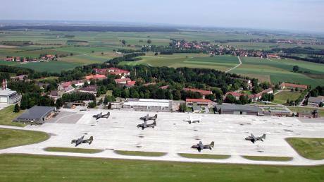 Eine Luftaufnahme vom Fliegerhorst Penzing aus dem Jahr 2009.