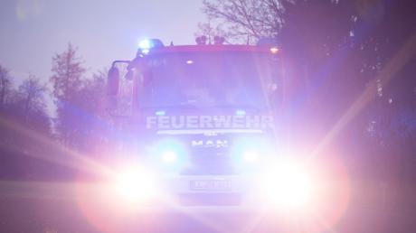 Einen Schwelbrand hat es am Montagabend im Dießener Gewerbegebiet gegeben.