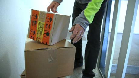 Die Polizei hat im Gemeindebereich Inningdrei herrenlose Päckchen entdeckt und zugestellt.