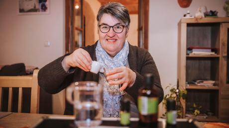Roswitha Storhas aus Asch ist Aromaexpertin.