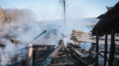 Immer wieder brannte es im Raum Landsberg: Die Polizei hat in der Nacht auf Freitag die mutmaßlichen Serien-Brandstifter geschnappt.