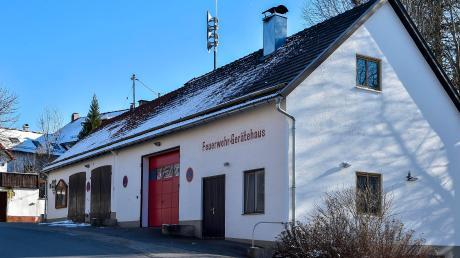 Die Tage des alten Feuerwehrhauses in Apfeldorf sind gezählt.