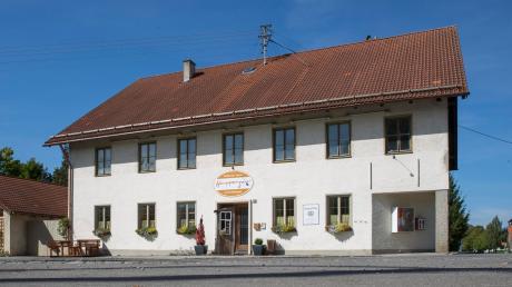 Das ehemalige Gasthaus Happerger im Reichlinger Ortsteil Ludenhausen wird zu einem Dorfgemeinschaftshaus umgebaut. Alle drei Bürgermeisterkandidaten bezeichnen dieses Projekt als wichtig.