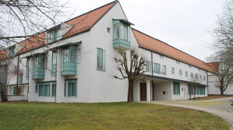 Die Dominikanerinnen haben das Kloster St. Josef in Dießen aufgegeben. Dort wird jetzt eine weltliche Frauengemeinschaft tätig.