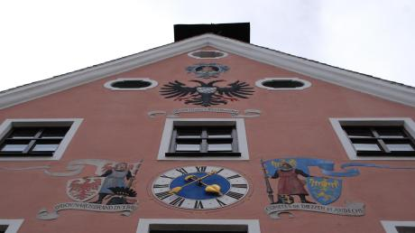Das Rathaus in Dießen: Am 15. März wird in der Marktgemeinde ein neuer Bürgermeister gewählt. Amtsinhaber Herbert Kirsch hört auf. Um seine Nachfolge bewerben sich drei Frauen und vier Männer.