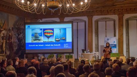 Um die Zukunft der Arbeit beziehungsweise um die Arbeit der Zukunft ging es beim Wirtschaftsempfang der Industrie- und Handelskammer im Landsberger Rathaus.