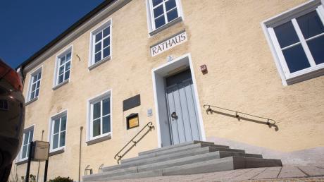 Das Rathaus in Reichling: Am Sonntag fällt die Entscheidung, wer ab Mai die Nachfolge von Margit Horner-Spindler antritt. Die Bürger haben die Wahl zwischen Alfons Schelkle und Johannes Leis.