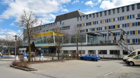 Im Landsberger Klinikum ist ein weiterer Mann gestorben, der sich mit dem neuartigen Coronavirus infiziert hatte, aber auch an weiteren Erkrankungen gelitten hatte.