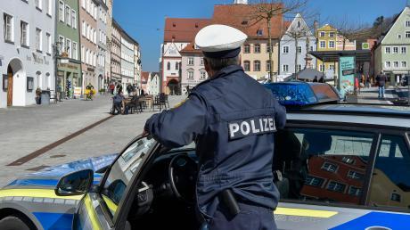 Auch in Landsberg werden die Ausgangsbeschränkungen von der Polizei kontrolliert.
