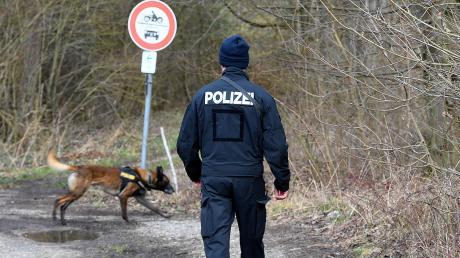 Bei der Suche nach einem Vermissten ist im Landkreis Starnberg auch ein Spürhund zum Einsatz gekommen.