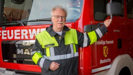 Bei der Feuerwehr in Mundraching ist Heinrich Bartl schon seit über 40 Jahren aktiv. Doch das ist nicht sein einziges Ehrenamt.