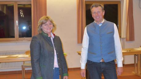 Sabine Blank ist neue Zweite Bürgermeisterin von Rott. Rechts: der neue Bürgermeister Fritz Schneider.
